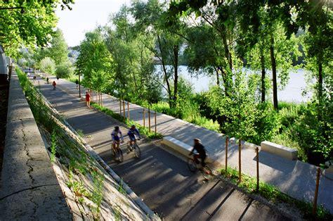 river city landscaping 04 insitu berges du rhone 171 landscape architecture works landezine