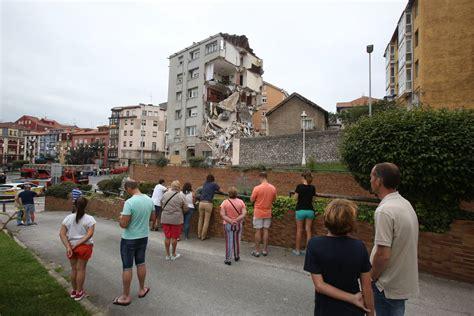 el derrumbe de la xornal de galicia para el mundo denuncian y culpan al pp del derrumbe del edificio en