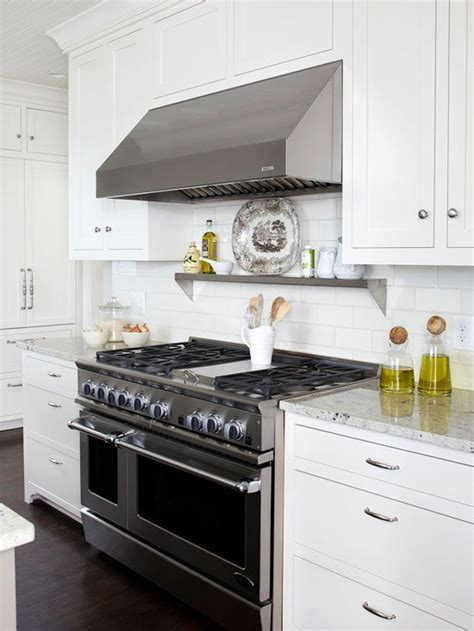 Shelf Above Range by 1000 Ideas About Stove Hoods On Range Hoods
