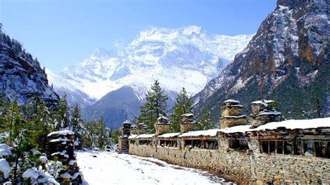 himalayas tibet epic nature relaxation from nepal tibet the himalayas