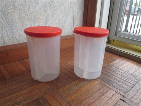 Dispenser Tupperware tupperware lot of2 3 1 multi dispenser 6 cups divided