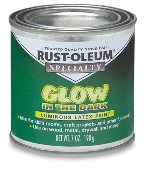 rustoleum s glow in the paint uk 00743 1007 rust oleum glow in the brush on paint