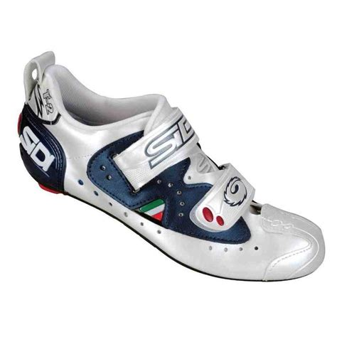 best triathlon bike shoes 30 best triathlon shoes images on triathlon