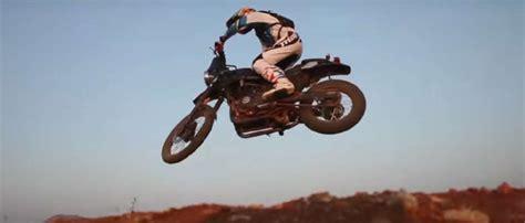 Tas Motor Royal Enfield royal enfield bawa sepeda motor berspiritualitas himalaya
