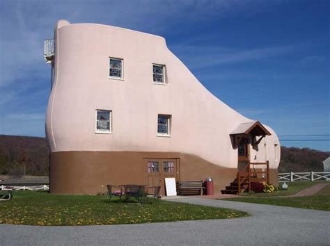 shoe house pa haines shoe house hallam pennsylvania usa photo gallery funny buildings