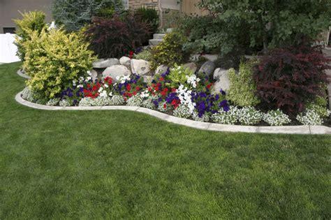 Backyard Hedge Ideas 38 Clever Backyard Shrub Garden Ideas