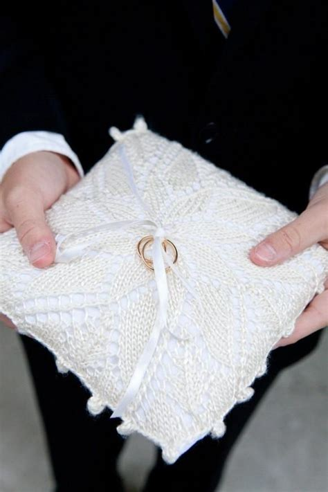 winter wedding knitted wedding ring pillow 894481