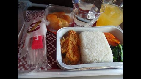 batik air meal in flight service batik air id 6816 meals time youtube