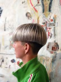 chili bowl haircut 25 best ideas about chili bowl haircut on pinterest