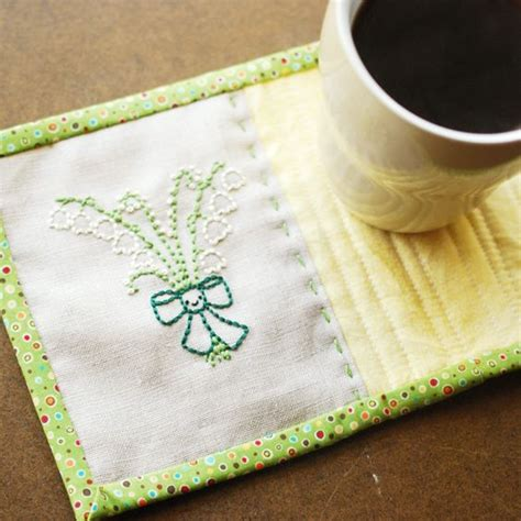 Simple Quilt Binding by Quilt Binding Mug Rugs And Mugs On