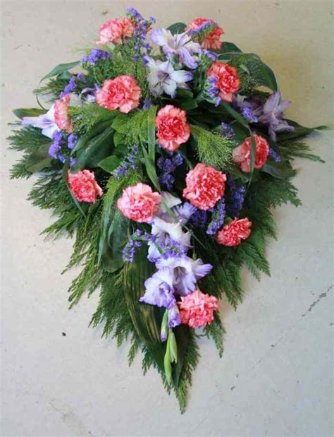 Best Flowers For Funeral by 17 Best Images About Sympathy Arrangements On