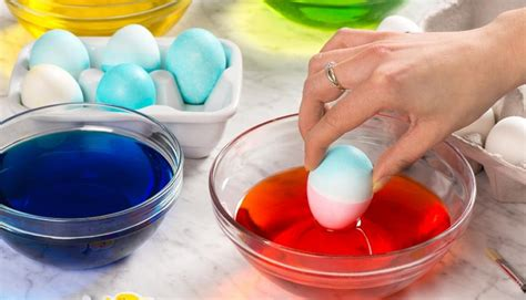 decorate easter eggs how to decorate an easter egg eggs ca