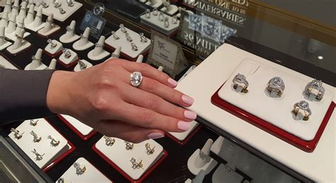 Wedding Rings In Las Vegas by The Brightest Diamonds In Las Vegas Jewelers
