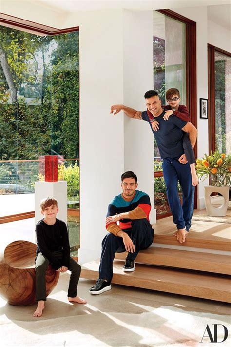 Sweater Onde Versace Kid Ricky Martin Abre A Mans 227 O Em Que Vive Os Filhos