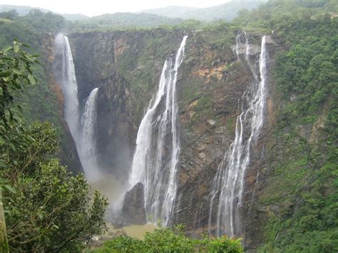 Merrick And The Gem Of Indore bhopal and pachmarhi tour package gems of central india