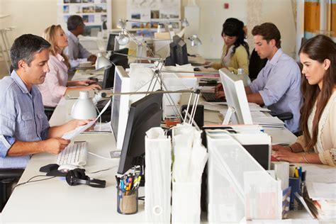 Dimutasi Kerja Karena Promosi Jabatan by 4 Hal Yang Bisa Dilakukan Saat Menunggu Promosi Kerja