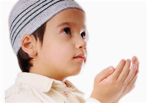 Untuk Anak ibu bapa patut amalkan 3 doa ini untuk anak agar mereka diberikan kefahaman agama bijak cerdik