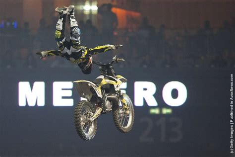 motocross freestyle riders night of the jumps motocross acrobatics