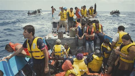 refugee boats coming to australia chasing asylum australia s offshore detention centres