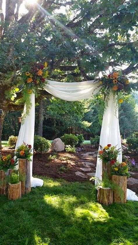 inexpensive backyard wedding inexpensive backyard wedding decor ideas 2 bitecloth
