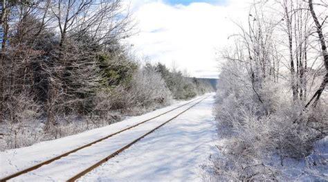 geen treinverkeer tussen utrecht en schiphol door sneeuw luchtvaartnieuws