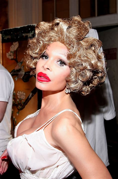 Amanda Lepore To Appear In Buzzworthy New by Amanda Lepore Photos Photos Richie Rich Backstage
