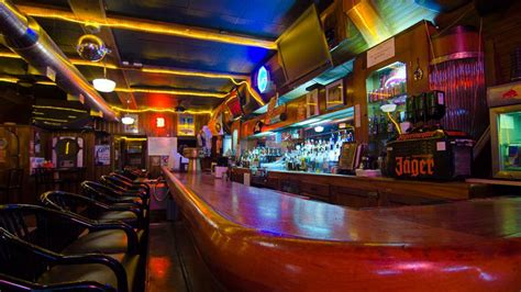 top bars in detroit detroit sports bar heatmap 14 spots to watch the game
