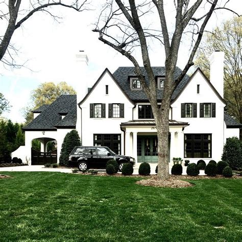 white siding houses with black shutters best 25 white exterior houses ideas on pinterest white siding white siding house