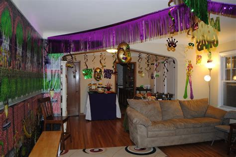 mardi gras home decor the excellence of mardi gras decorations bathroom wall decor