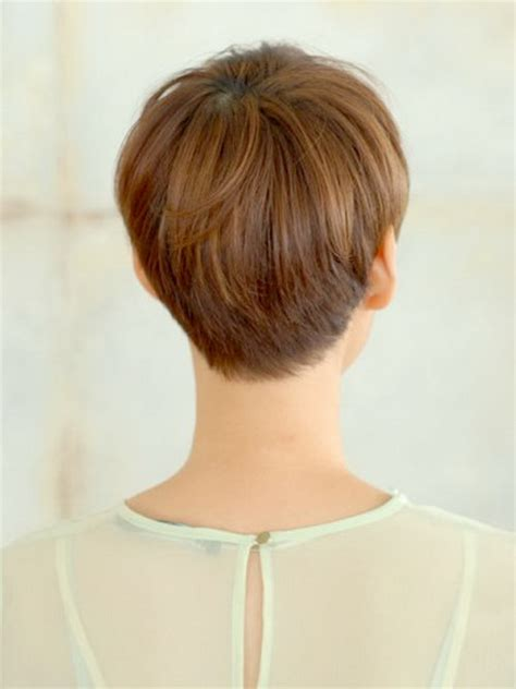 medium hair in back short in front short haircuts front and back view