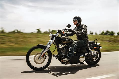 wide motorcycle 2016 harley davidson dyna wide glide review