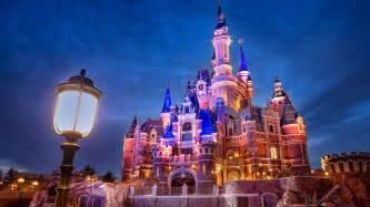 Backyard Broadcast Disneyland Abc7ny Com