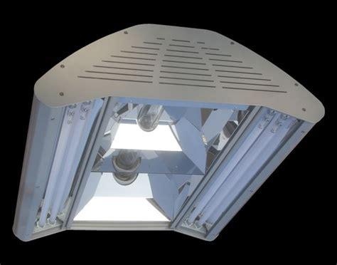 Lu Metal Halide Untuk Aquarium sfiligoi s new dse metal halide t5 lighting fixture news