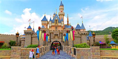 How To Use Multiple Disney Gift Cards Online - how to get discounted or even free tickets to disneyland hk le chic geek