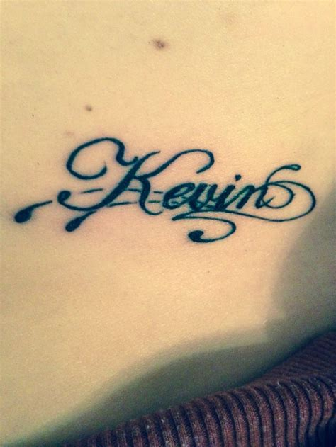 boyfriends name on hip tattoos