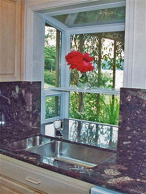 kitchen window garden 1000 ideas about kitchen garden window on pinterest