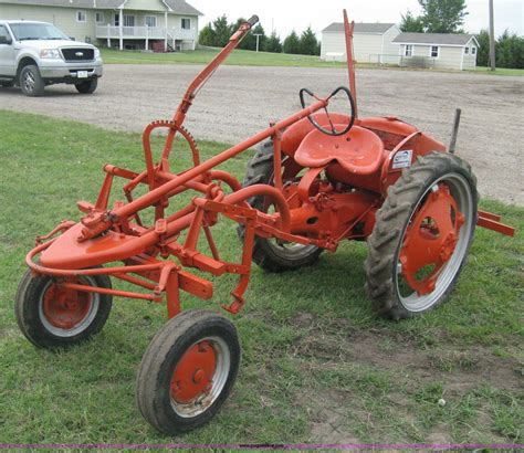 Sale G 1947 allis chalmers g tractor item h5329 sold august