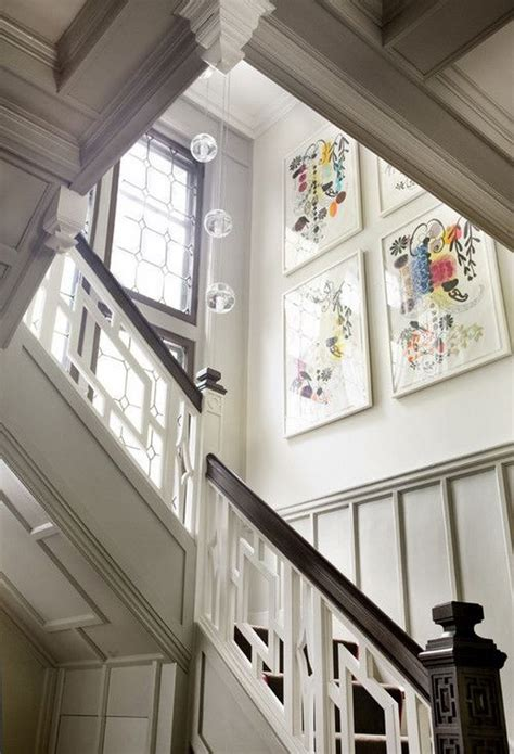 ways  decorate  staircase wall