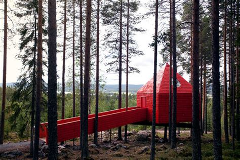 tree hotel sweden treehotel sweden thecoolist the modern design