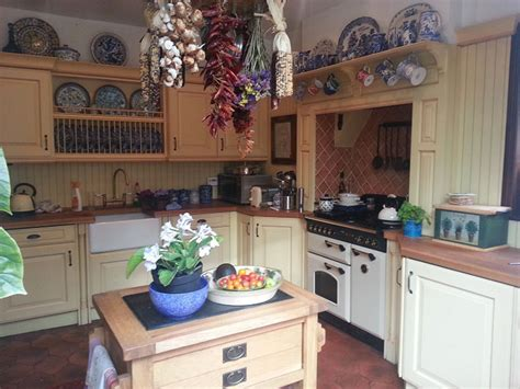 hand painted kitchen cabinets hand painted kitchen cabinets inspiration thaduder com