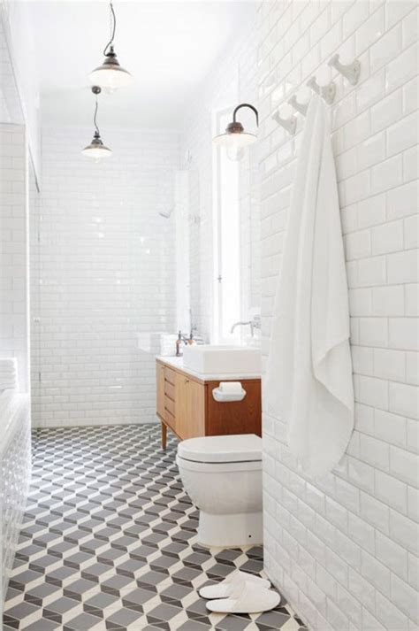 White Subway Tile Bathroom Ideas by 34 Bathrooms With White Subway Tile Ideas And Pictures