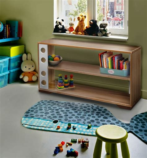 scaffali bassi 30 best montessori furniture images on floor