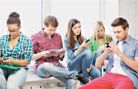 imagenes de adolescentes usando redes sociales redes sociales ventajas y desventajas