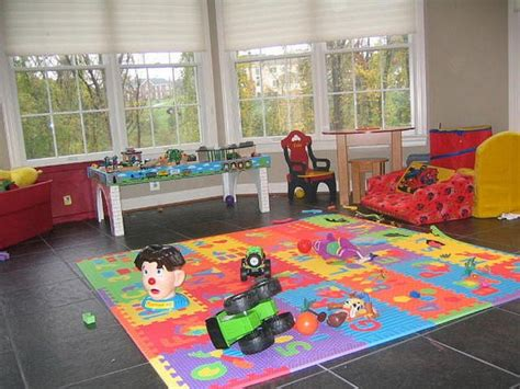 Best Playroom Rugs by Rugs For Playrooms Roselawnlutheran