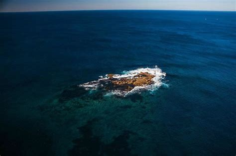 Wedding Cakes Island by Sydney City Picture Of Blue Sky Helicopters Sydney