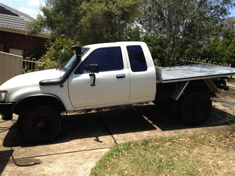 1995 toyota 4x4 for sale 1995 toyota hilux 4x4 ln111r car sales nsw cambelltown
