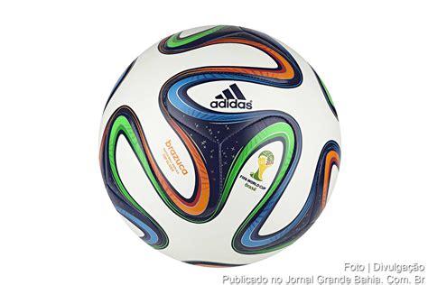 Kostum Bola Adidas bola adidas brazuca glider top a bola da copa do mundo design bild