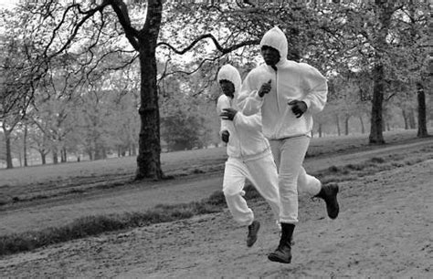 muhammad ali a biography by anthony o edmonds go feet friday photos 17 muhammad ali running