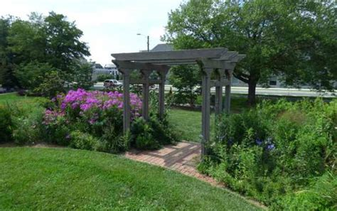 Hahn Horticulture Garden by Garden Arbor Picture Of Hahn Horticulture Garden At Virginia Tech Blacksburg Tripadvisor