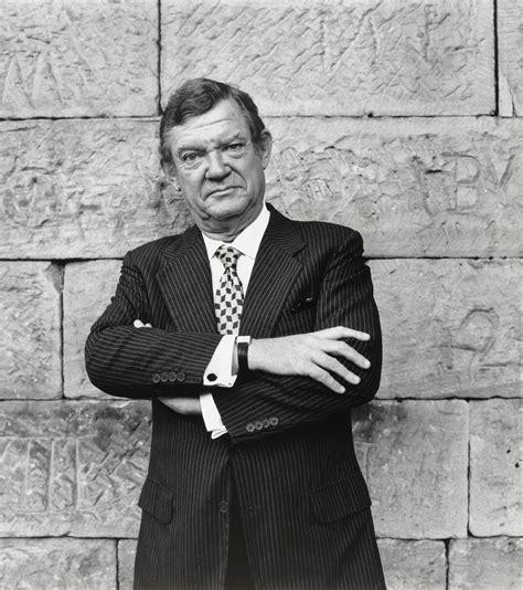 robert hughes national portrait gallery